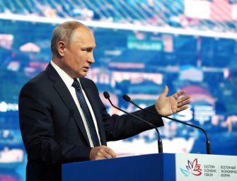Na Rússia: Putin anuncia produção de mísseis que estavam banidos e negociação para troca de prisioneiros com a Ucrânia
